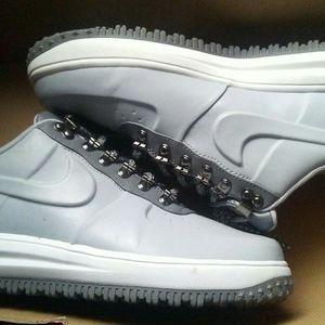 Nike duck shoe air force 1